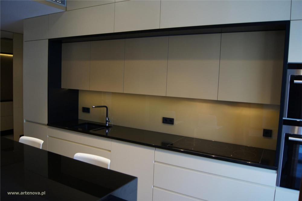 Galeria zdjęć  Realizacje ARTENOVA PL  kuchnia w apartamentowcu na Wilanowi