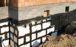 Ocieplanie fundamentów i podłogi na gruncie - najważniejsze zasady