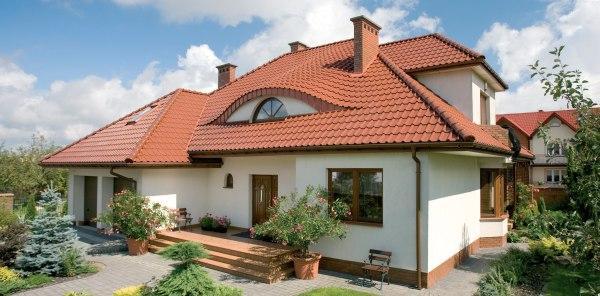 Dachówki ceramiczne zarówno dla budynków o nowoczesnej architekturze i tradycyjnych