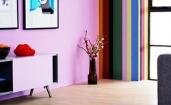 Zobacz, jak zmieniają się kolory ścian pod wpływem natężenia światła