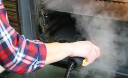 Jak utrzymać porządek w kuchni? Poznaj czyszczenie parowe