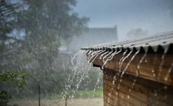 W jaki sposób, zgodnie z prawem, można odprowadzać wody opadowe