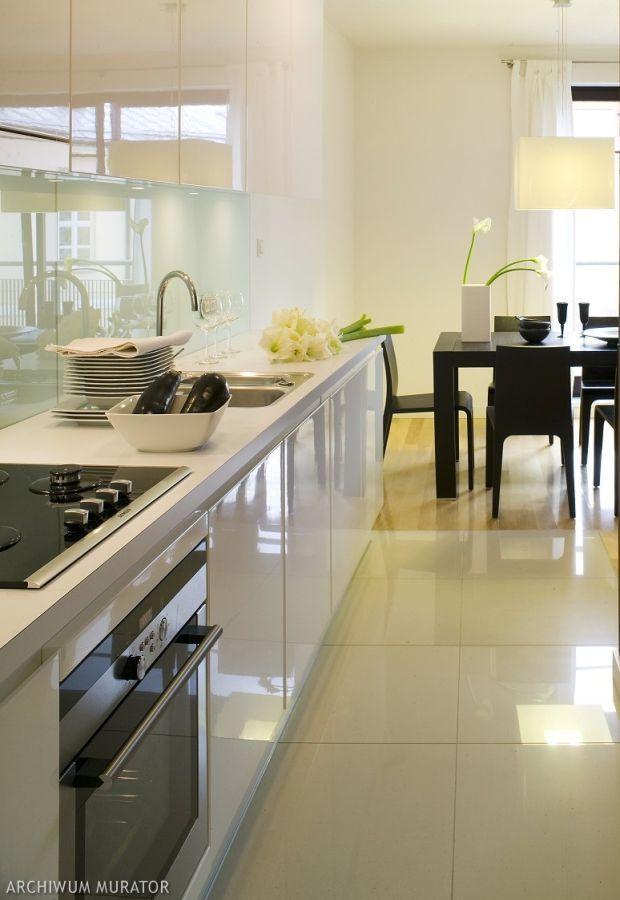 Projekt kuchni, czyli jak urządzić piękną i wygodną   -> Kuchnia Z Salonem Jak Urządzić