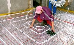 Jak układać rury wodnego ogrzewania podłogowego