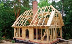 Wybór komina: komin murowany z cegły, ceramiczny prefabrykowany czy stalowy?