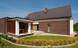 Wybór odpowiedniej dachówki na dach nowoczesnego domu