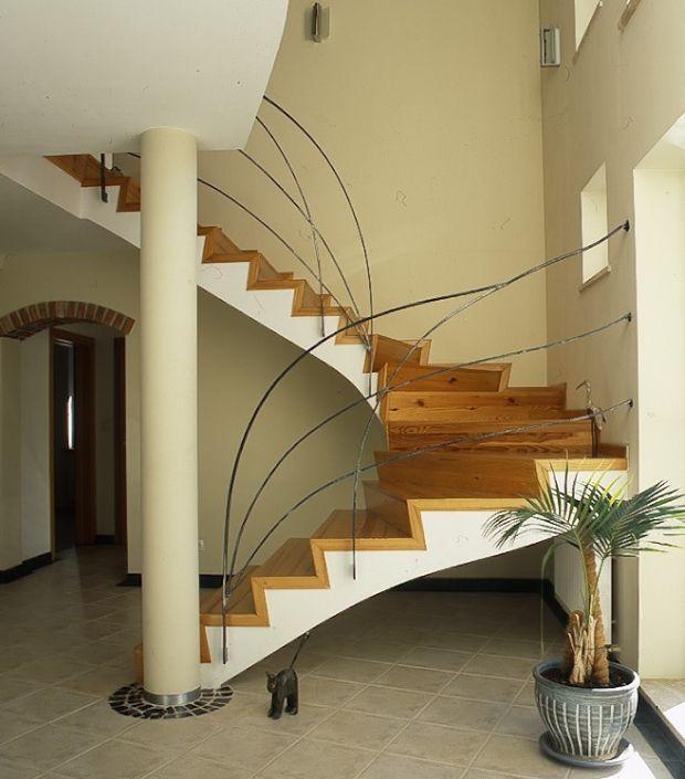 Balkon W Domu Jednorodzinnym: Galeria Artykułu Schody Wewnętrzne: Rodzaje Schodów Do